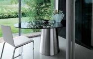 Stôl sklenený