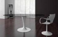 Sklenený okrúhly stôl do jedálne