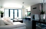 Moderné  obývačky prepojenie s kuchyňou na mieru