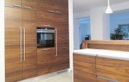 Kuchyňa drevená z orechu amerického