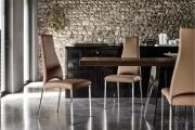 Jedálenské stoličky kovové