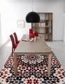 Moderné jedálenské stoličky látkové červené