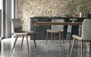 Jedálenské stoličky dizajnové, moderné, exkluzívne - kožené, textilné, drevené